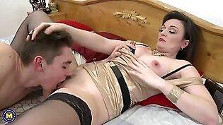 Mother cums in son s bedroom