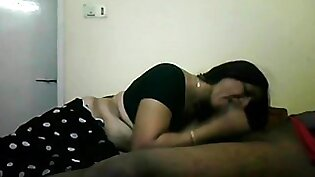Blowjob By Sexy Indian Aunty in Saree