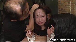 Ai Mizushima Gets Toyed And Fisted So Damn Hard - AsiansBondage