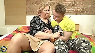 Strong son fucks mature bbw mom with amazing tits