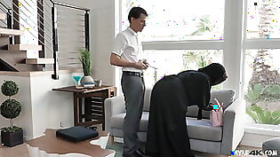 Muslim Wife Takes The IT Guy's Dick