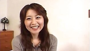 Japanese Housewife Gives a Specific Oral-Stimulation (Uncensored)